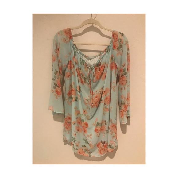 Charlotte Russe Dresses & Skirts -   Floral Charlotte Russe Dress  